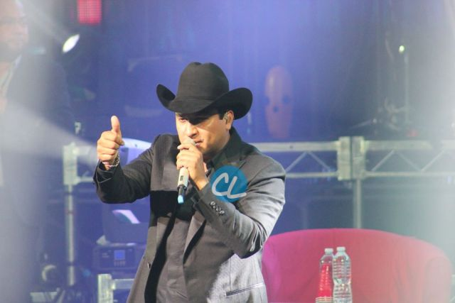 Julion Alvarez en Madison Square Garden 7/30/2016