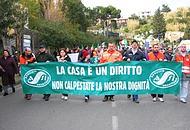 La manifestazione dei residenti dell'isola