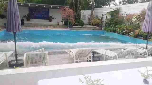 immagine 1 articolo terremoto filippine ecco come trabocca acqua piscina onde