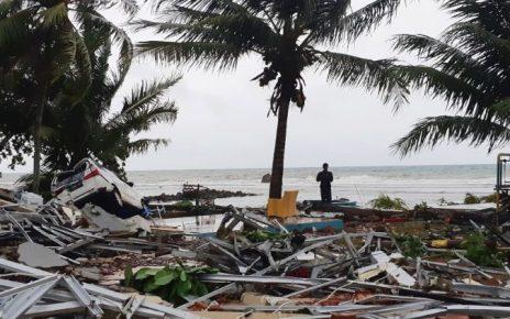 tsunami in indonesia