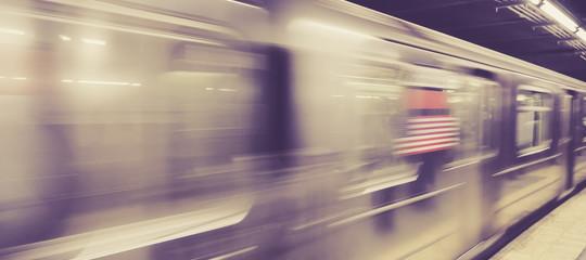 donna morta metropolitana New York