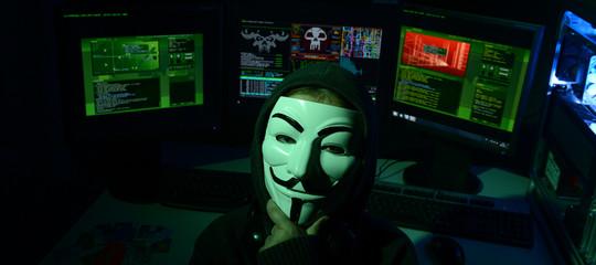 Attacco hacker diAnonymousalministero dell'Ambiente, pubblicatidocumenti riservati