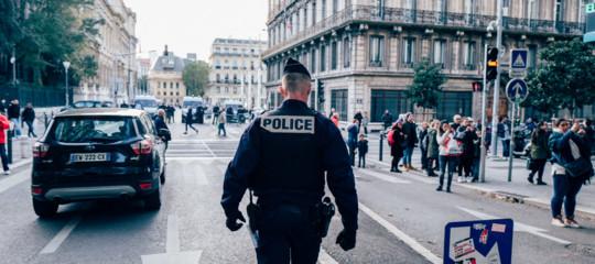 Francia: accoltellamento in pieno centro a Marsiglia, 2 feriti