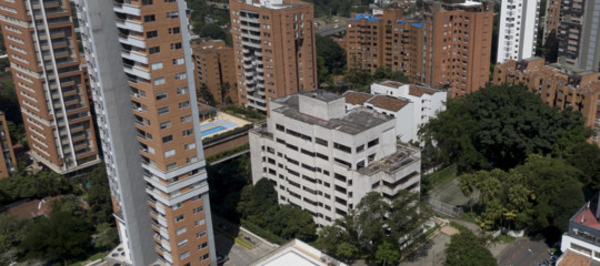 La Colombia oggidemoliràl'ex fortino diPabloEscobar