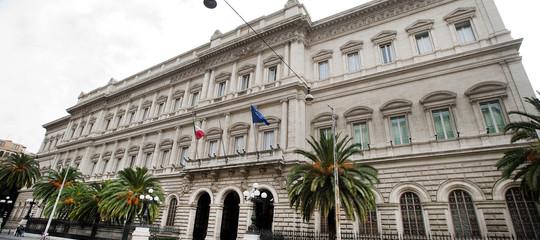 L'Italia frena. E per Confindustria il peggio deve ancora venire