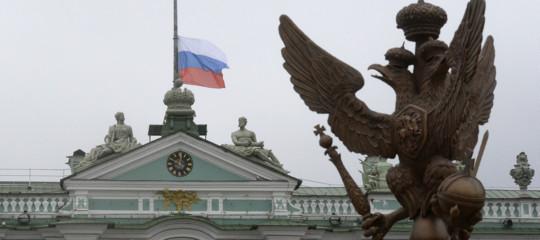 Russia crollouniversità studenti sotto macerie