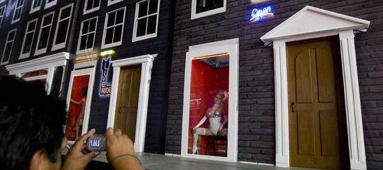 tour prostituzione quartieri luci rosse