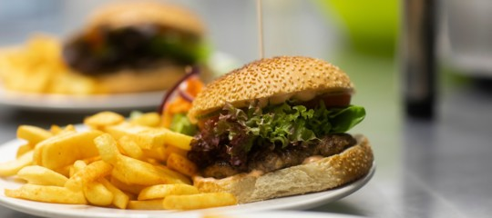 fast food porzioni hamburgher