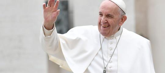 baciamano papa francesco loreto