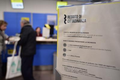 Rapporto Inps: per Rdc/Pdc importi e beneficiari doppi rispetto a Rei