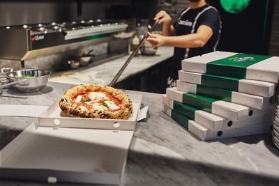 Il cartone della pizza si fa con gli scarti della produzione della birra