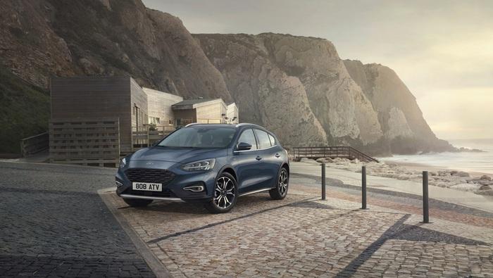 Ford, oggi Focus è anche in versione Active V ...