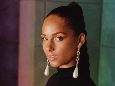 Alicia Keys lancia a sorpresa 'Underdog'