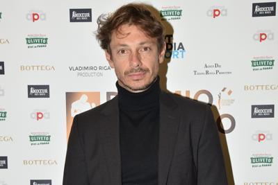 Covid, Giorgio Pasotti: Per giorni mio cugino ha cercato mia zia morta