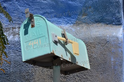 Notice the clothespin on the yellow flag of this mailbox; taken in downtown Tucson