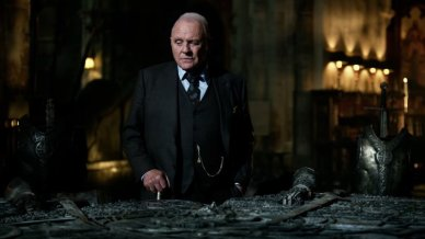 Anthony Hopkins looking bored