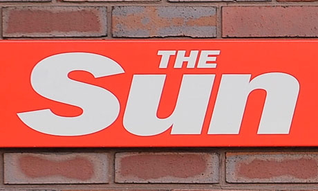 UK: The Sun bribery – 8 arrested