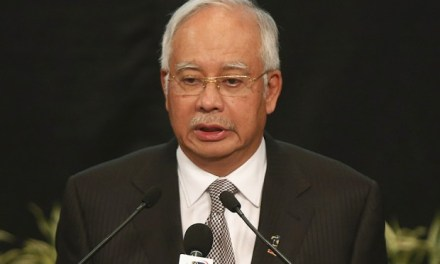 Malaysia: Majority UMNO divisions back PM Najib