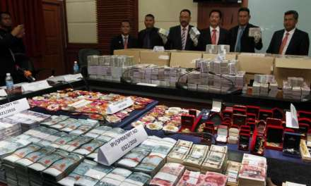Malaysia: Anti-corruption officers seize $13 million in cash