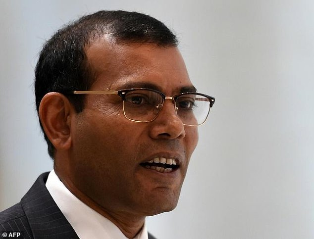 Maldives: Exiled leader signs pact with former president.