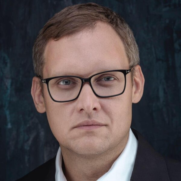 Ukraine: Deputy chief of staff of the president in corruption probe.