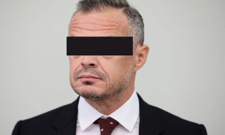 Poland: Ex-transport minister arrested in corruption probe