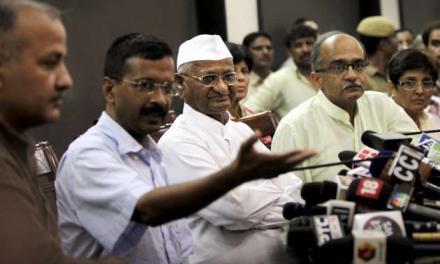 India: Anna Hazare launches protest against government