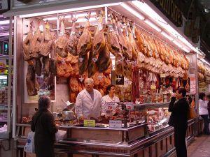 Talleres de corte de jamón para carniceros y charcuteros Fuente: https://commons.wikimedia.org