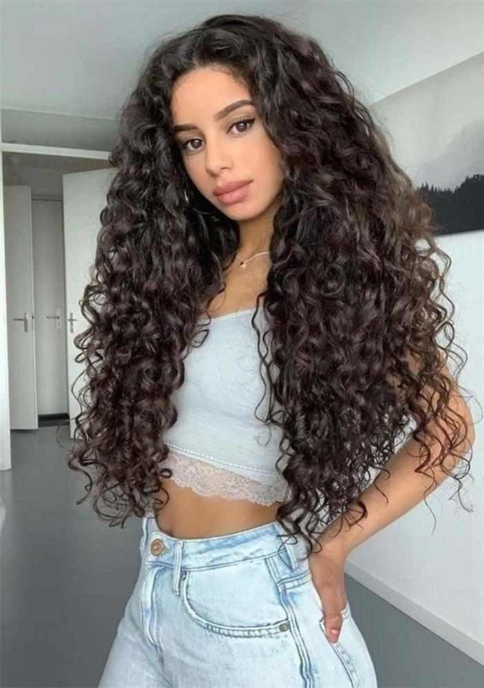 Cortes de cabelo cacheado 2022 longo