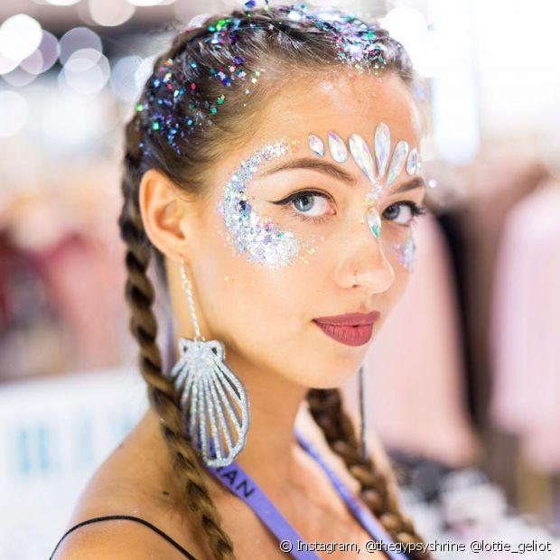 Penteados para carnaval 2021 com tranças e acessórios