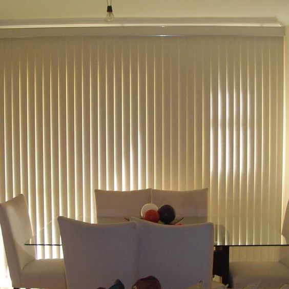 Persiana Vertical em PVC - Liso ou Decorado