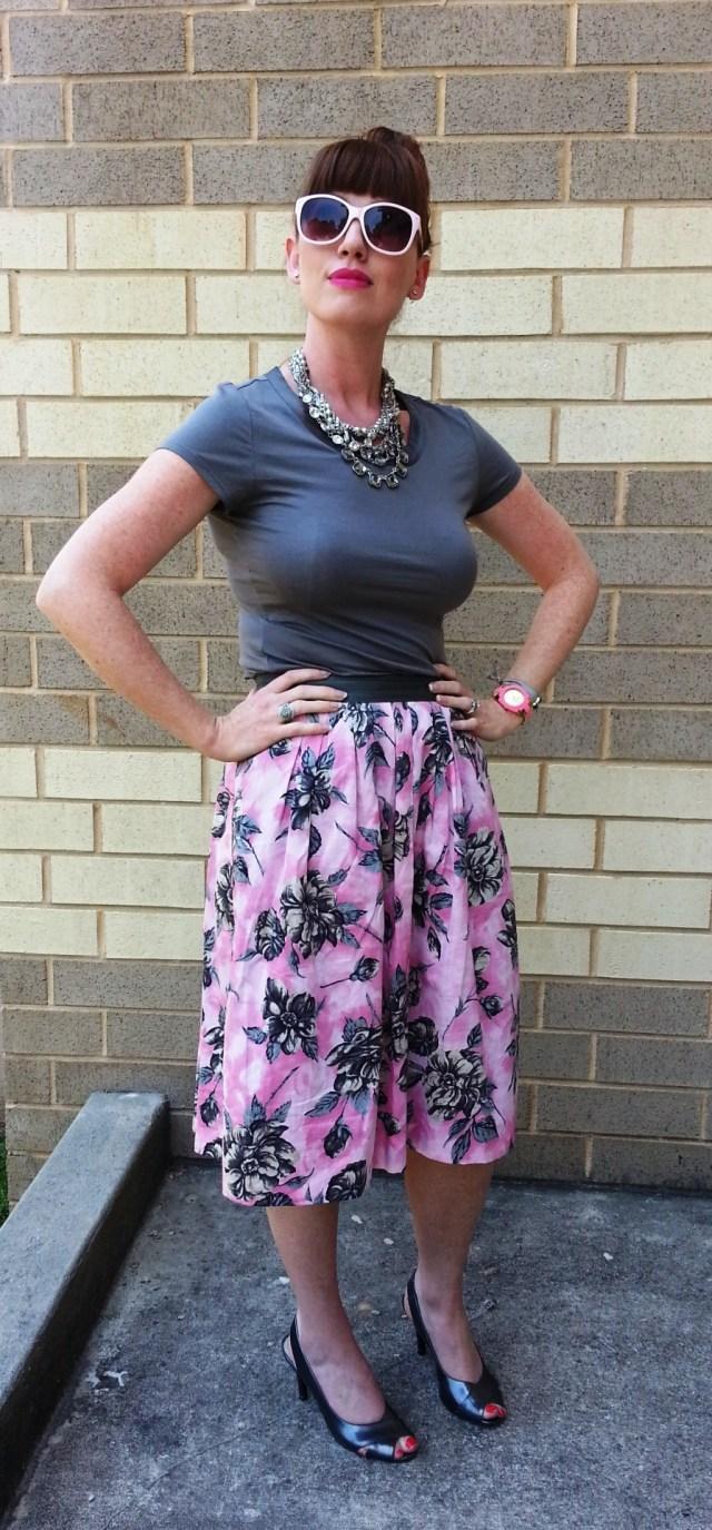 Shirt: Banana Republic Skirt: Odille Shoes: Victoria Spenser Necklace: Chloe+Isabel Watch: Kate Spade Sunglasses: UnionBay