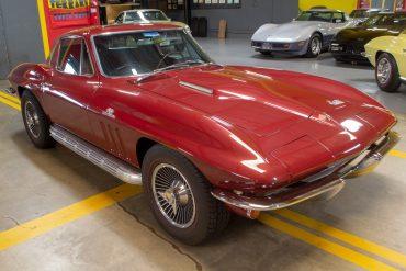 1966 maroon corvette l72 coupe 0541