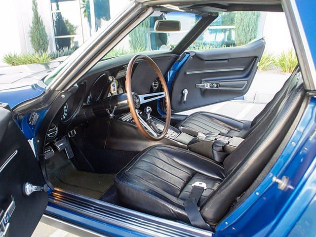 1968 blue corvette l71 convertible interior