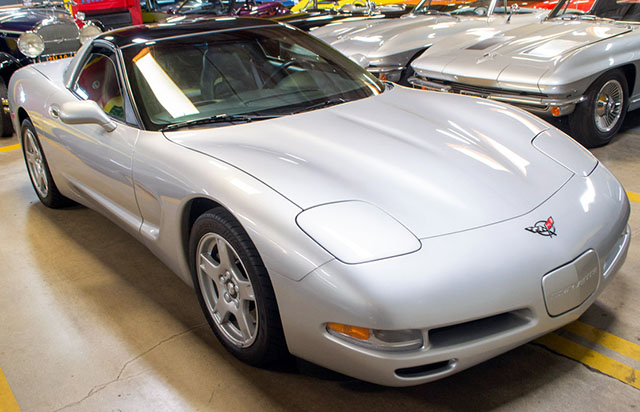 1997 silver corvette coupe coming