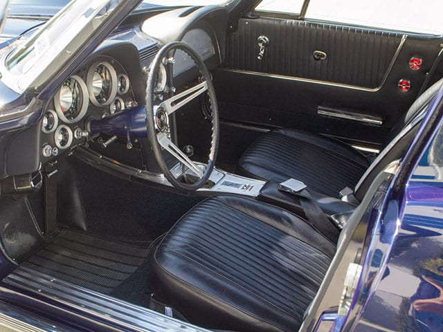 1963 blue corvette split window coupe interior