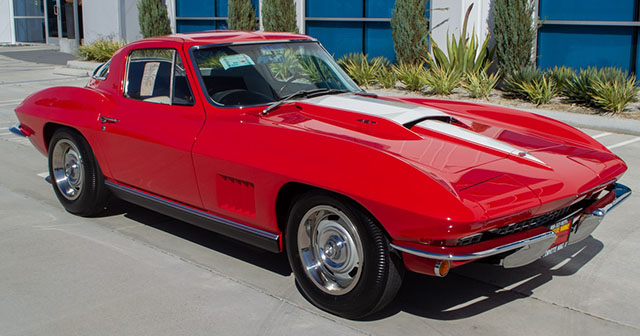 1967 rally red corvette l71 427 435 coupe exterior