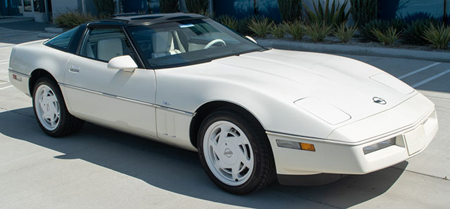 1988 white corvette 35th anniversary coupe exterior