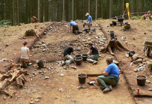 Excavations at the Harzhorn (photo: Axel Hindemith, CC BY-SA de 3.0 license).