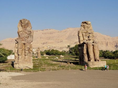 The Memnon colossi, Egypt (photo: Olaf Tausch, CC BY 3.0 license).