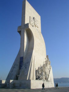Padrão dos Descobrimentos (photo: cytech from Tokyo, Japan, CC BY 2.0 license).