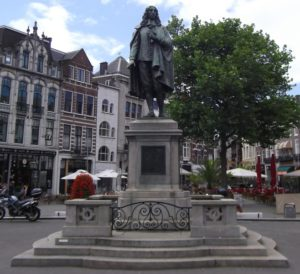 Standbeeld van Johan de Witt of de Plaats.