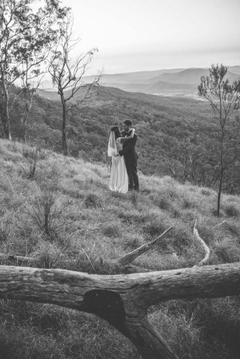pollen_robbie-wedding-at-spicers-peak-lodge-qld-52