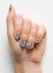nail art - chic tweed tips