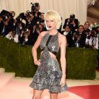Taylor Swift In Silver Dress 2016 Met Gala