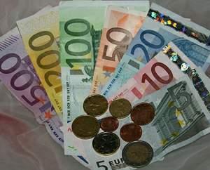 ¿Sabías que los billetes y las monedas del euro suman en total 888,88 euros?