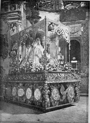COSAS DE LORCA - Virgen de la Amargura Paso Blanco