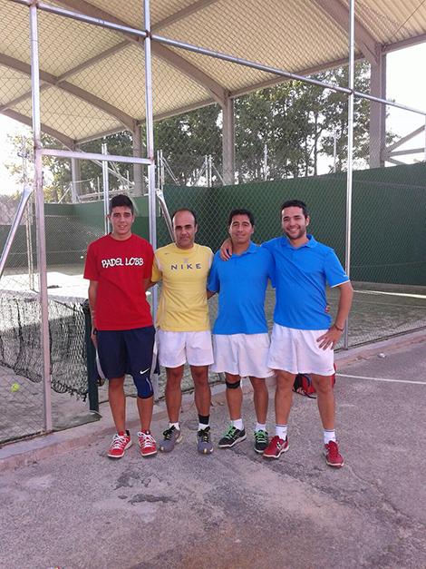 Izda: Miguel Angel y Oscar Rosado; Dcha: Álvaro Pascual  y Javier Rosado.