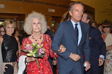 Cayetana de Alba con su último marido Alfonso Díez