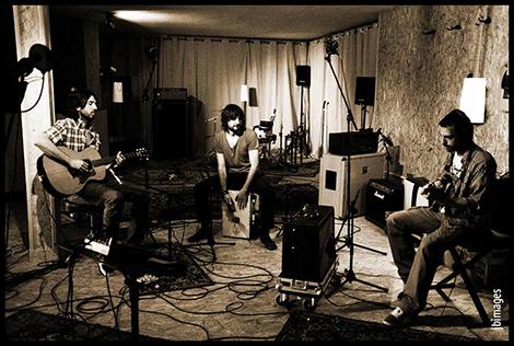 La tribu del lobo grabando en los estudios Westline Studios